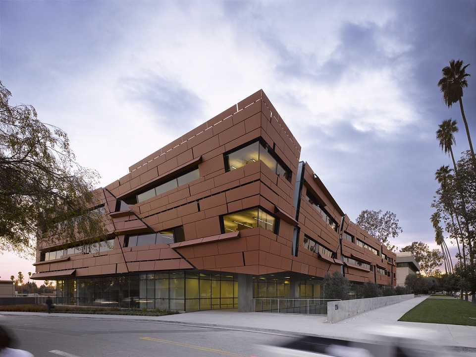 Morphosis Architects, Cahill Center for Astronomy and Astrophysics at Caltech, Pasadena, California, 2008, photo by Roland Halbe.